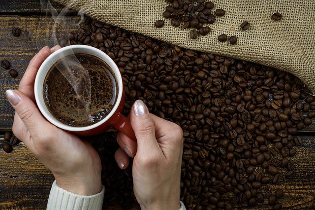 ciepła kawa w domu